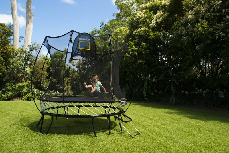 Springfree Trampoline 8 ft. Compact Round, Model R54.